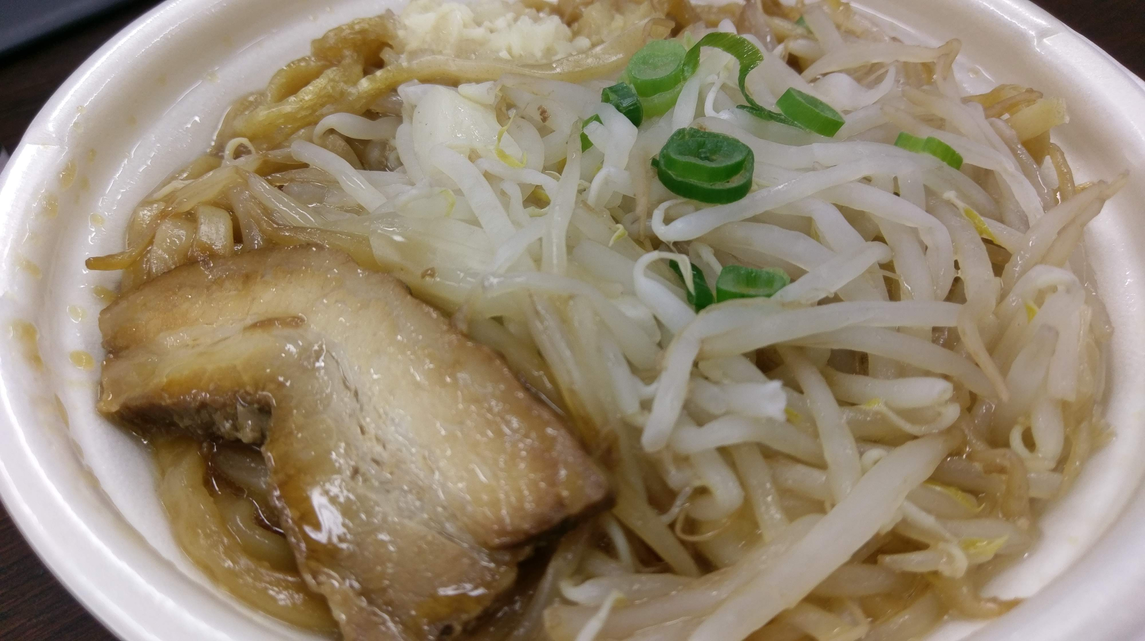 IMAG1352 セブンイレブンのラーメン二郎みたいなラーメンを食べてみた!